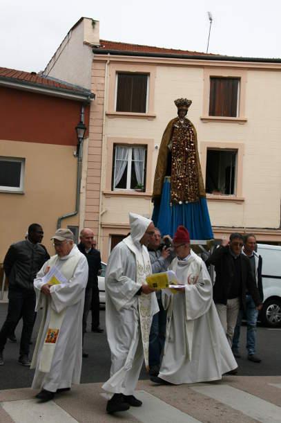 fin procession1