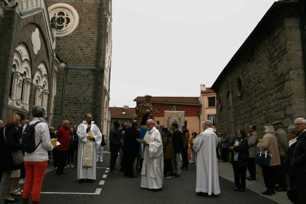 procession depart5