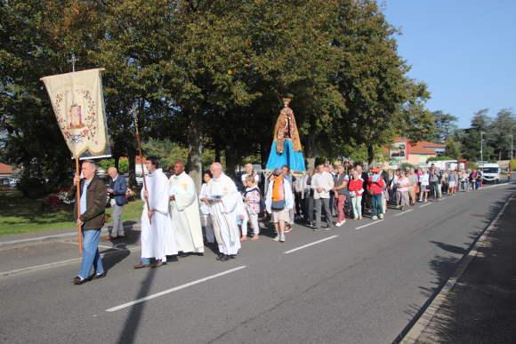 procession3