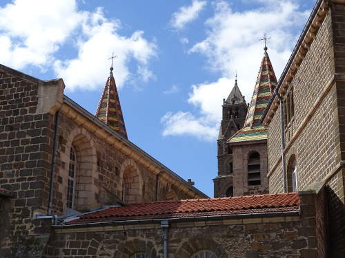 clochers-cathedrale-du-puy