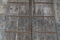 portes-sculptees-cathedrale-puy