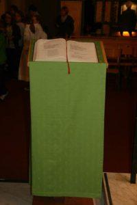 ambon vert temps ordinaire de la paroisse ste anne de lizeron 42 dans la loire