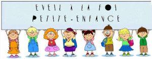 enfant en bande dessiné tenat le panneau coloré eveil a la foi petite enfance