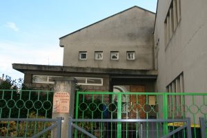 maison-paroissiale-rue-bonnardel-st-genest-lerpt-entree
