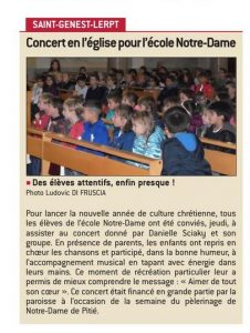 spectacle Danielle Sciaky pour les enfants à l'occassion du pèleronage de Notre Dame de Pitié à St genest lerpt paroisse Ste anne de Lizeron