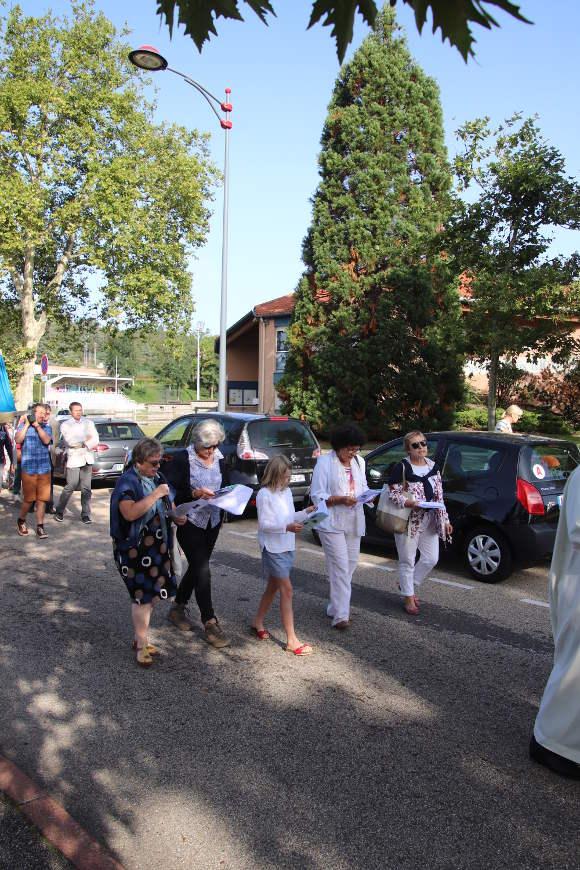 processionjevousaluemarie